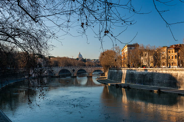 Rom, Tiber, Petersdom
