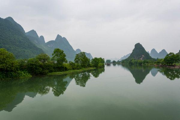 Yangshuo, Karsthügel, China
