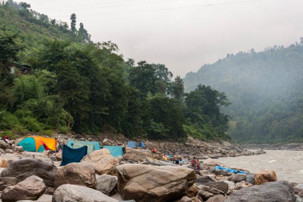 Zeltlager, Morgen, Rafting auf dem Trishuli