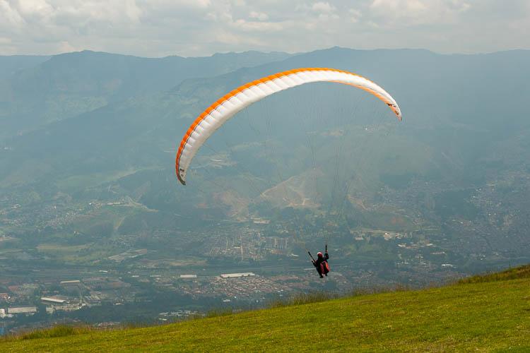 Paragliding, Medellin, Kolumbien
