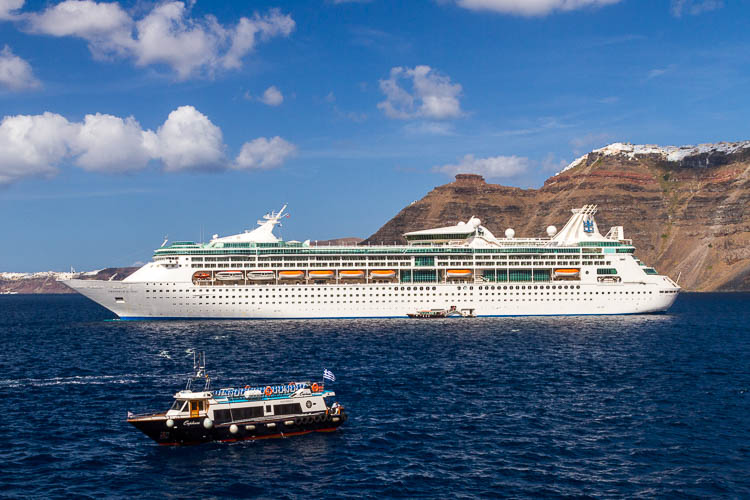 Royal Caribbean, Santorini