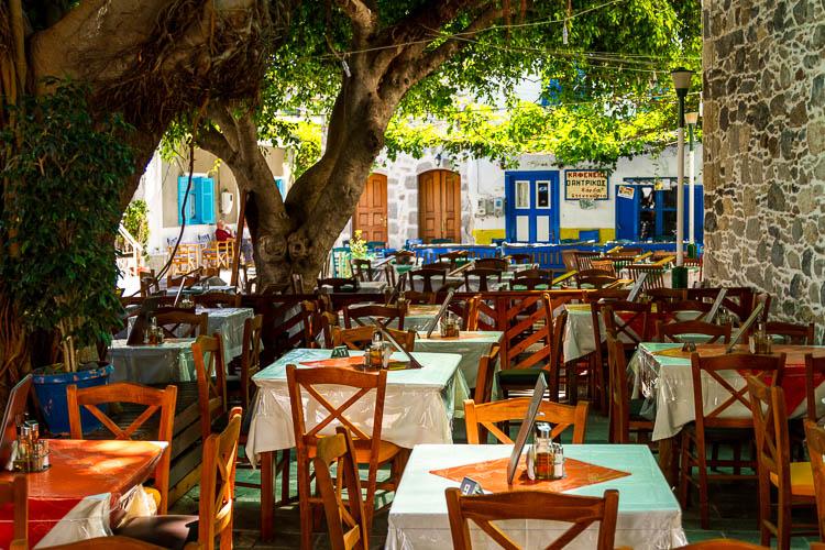 Nisyros, Gaststätte