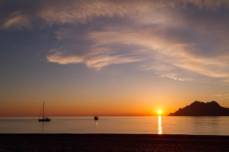 Sonnenuntergang am Strand von Porto