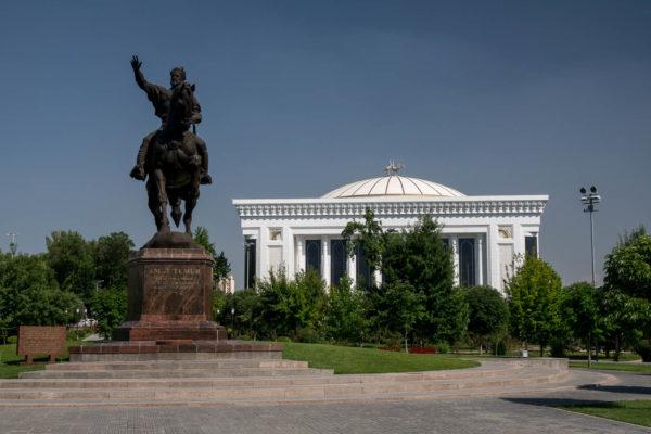 Amur Temir, Taschkent
