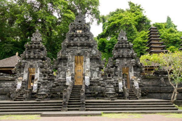 Goa Lawah, Bali