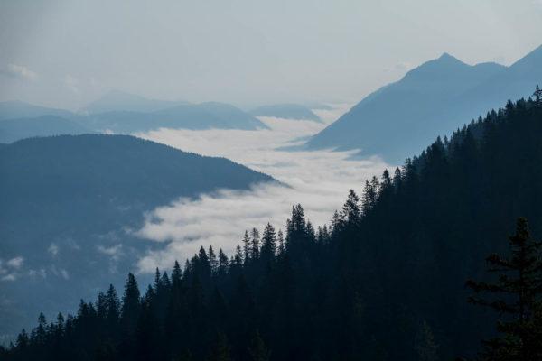 Kreuzeck, Nebel, Tal